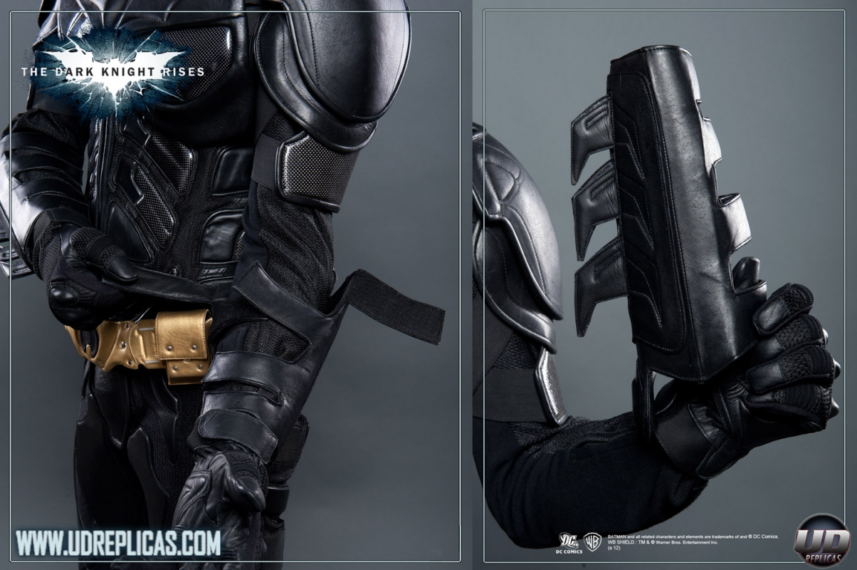 ... The Dark Knight Rises™ - BATMAN™ Leather Motorcycle Suit Image 11 ... & The Dark Knight Rises™ - BATMAN™ Leather Motorcycle Suit