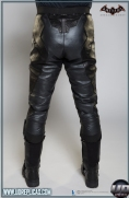 BATMAN™: Arkham Knight - Leather Motorcycle Suit  Image 10