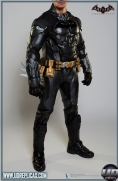 BATMAN™: Arkham Knight - Leather Motorcycle Suit  Image 2