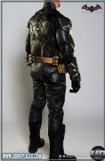 BATMAN™: Arkham Knight - Leather Motorcycle Suit  Image 4