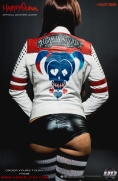 Harley Quinn - Official Leather Jacket Image 3