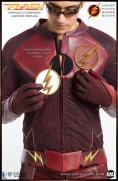 The FLASH - Official Leather Replica  Image 13