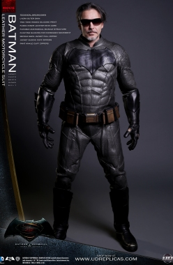 BATMAN™ Dawn of Justice - Leather Motorcycle Suit Image 1