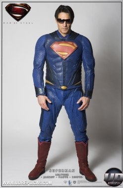 MAN OF STEEL: Superman™ A Image 1